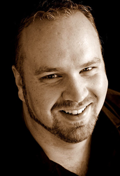 Headshot: Robert Clark, tenor